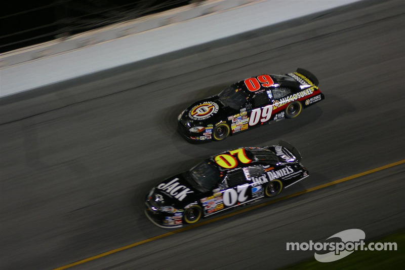 Clint Bowyer et Mike Wallace
