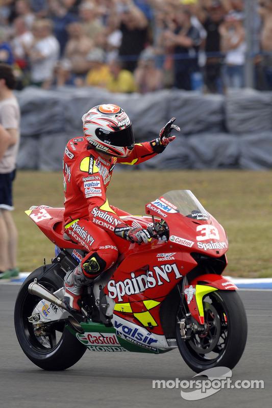 Marco Melandri fête le podium final