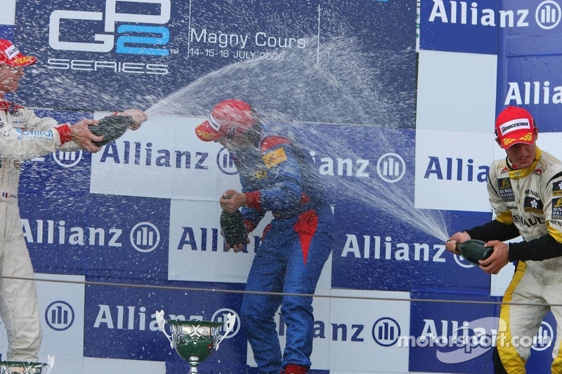 Podium: le vainqueur de la course Timo Glock fait la fête avec Alexandre Premat et Jose Maria Lopez
