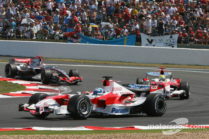 Jarno Trulli, Ralf Schumacher et Kimi Räikkönen