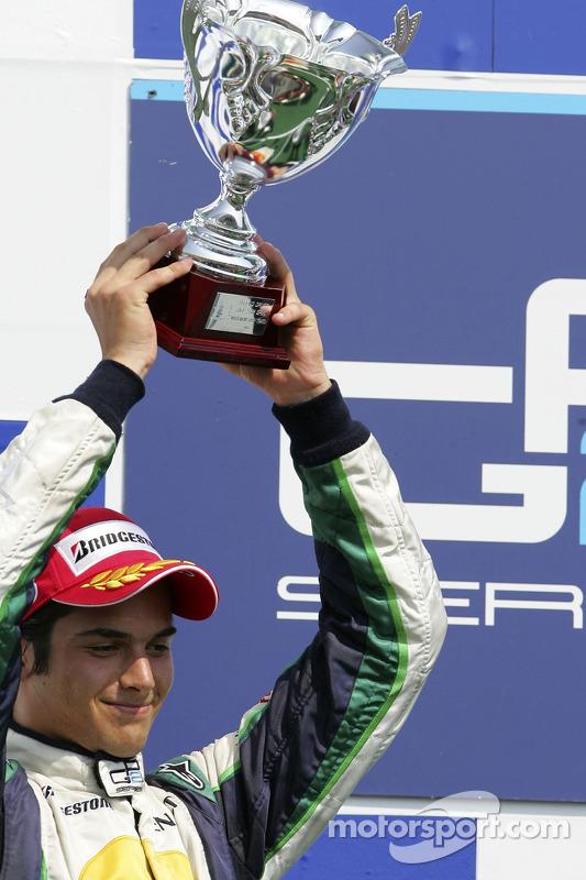 Nelson A. Piquet sur le podium