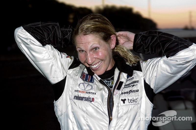 #37 Intersport Racing Lola B05/40 AER: Liz Halliday fête sa victoire en LMP2