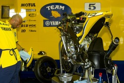 Команда Yamaha за работой