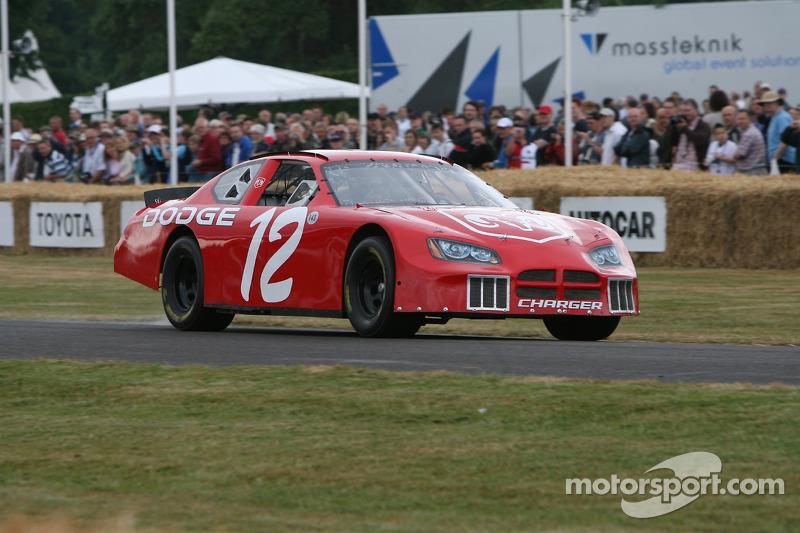Dodge Charger: Jochen Mass
