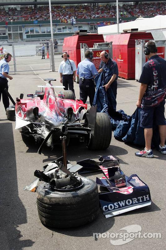 La voiture accidentée de Scott Speed