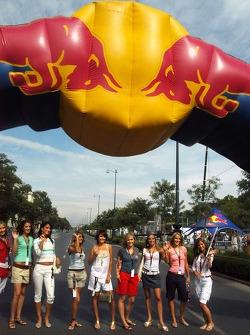 Red Bull Show Run Budapest: Formula Unas chicas