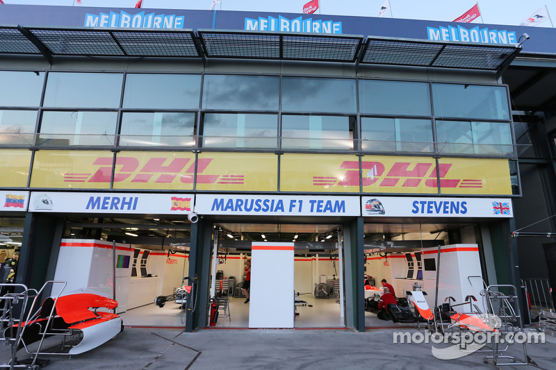 Manor F1 Team, Boxengarage