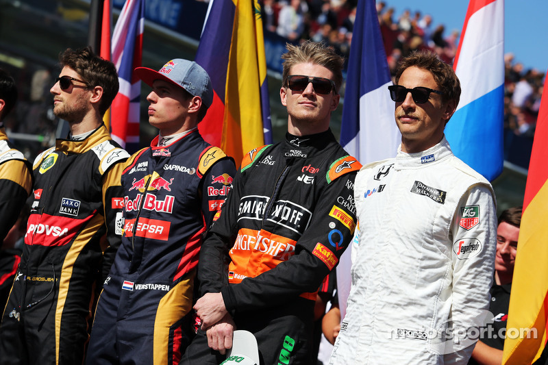 (da sinistra a destra): Romain Grosjean, Lotus F1 Team; Max Verstappen, Scuderia Toro Rosso; Nico Hulkenberg, Sahara Force India F1; Jenson Button, McLaren; sulla griglia