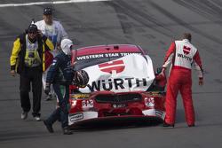 Marcos Ambrose, Team Penske Ford en difficulté