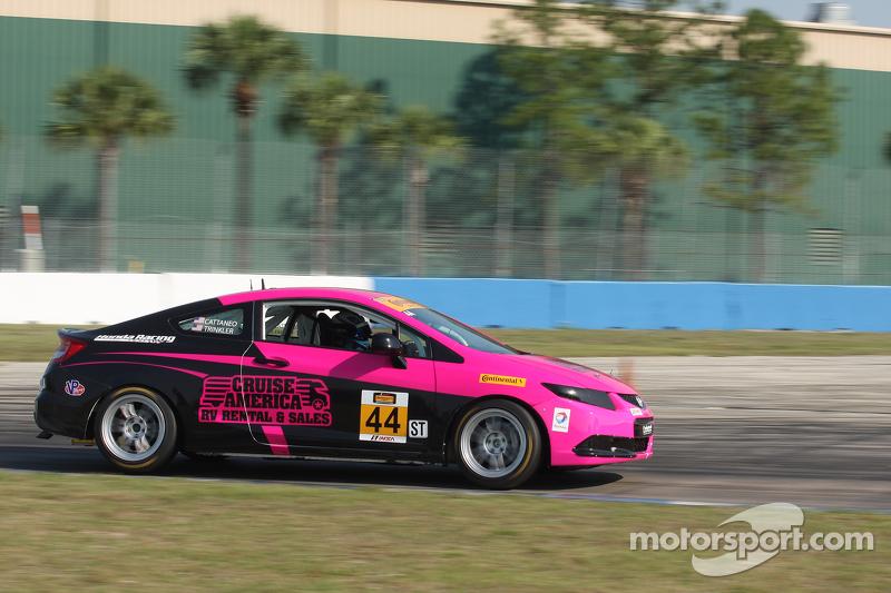 #44 CRG-I Do Borrow Honda Civic Si: Sarah Cattaneo, Owen Trinkler