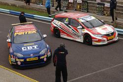Andrew Jordan, Pirtek MG, und Matt Neal, Honda Yuasa Racing