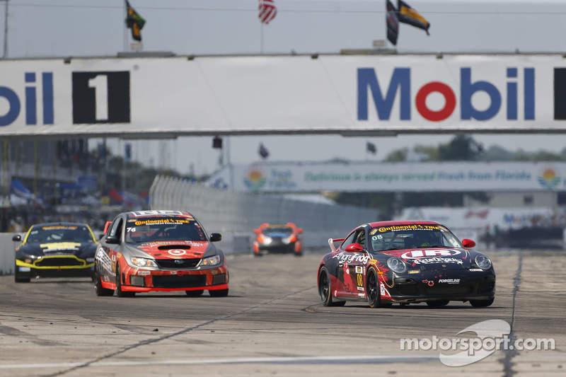#08 Rebel Rock Racing Porsche 997: Andy Lally, Dylan Murcott