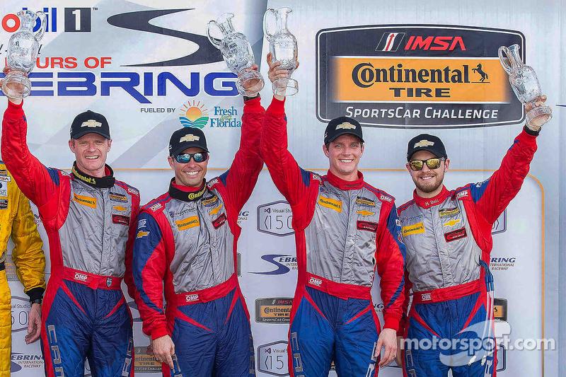 Podium: 1. Robin Liddell, Andrew Davis, Stevenson Motorsports; 2. Lawson Aschenbach, Matt Bell, Stev
