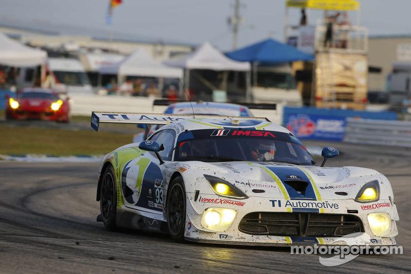 #93 Riley Motorsports,道奇Viper SRT: Al Carter, Ben Keating, Marc Goosens, Cameron Lawrence