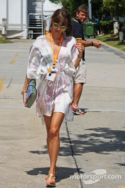 Jessica Button, esposa de Jenson Button, McLaren