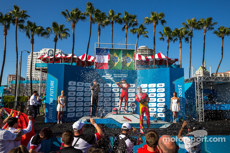 Podium: Second place Jean-Eric Vergne, Andretti Autosport, Race winner Nelson Piquet Jr., and third place Lucas di Grassi, Audi Sport ABT