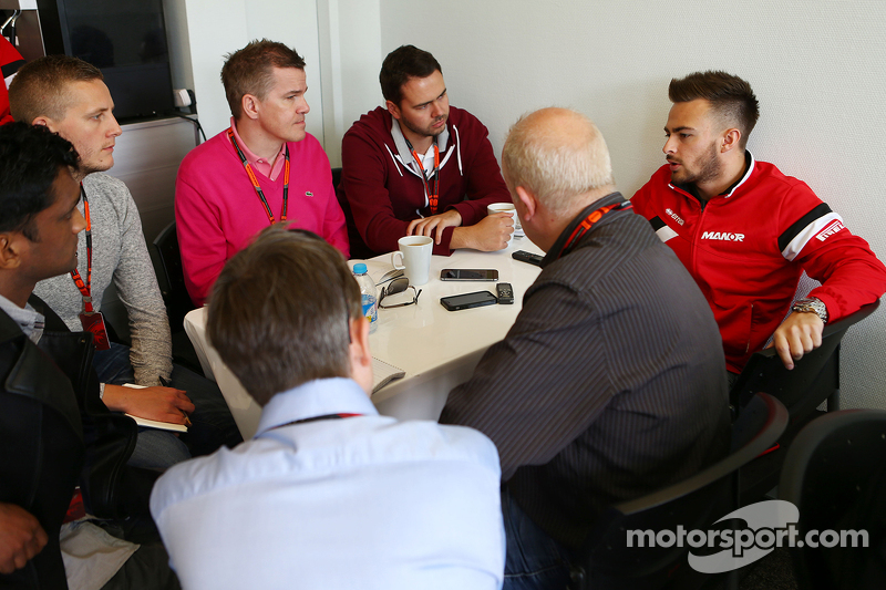 Will Stevens, Manor F1 Team bersama media