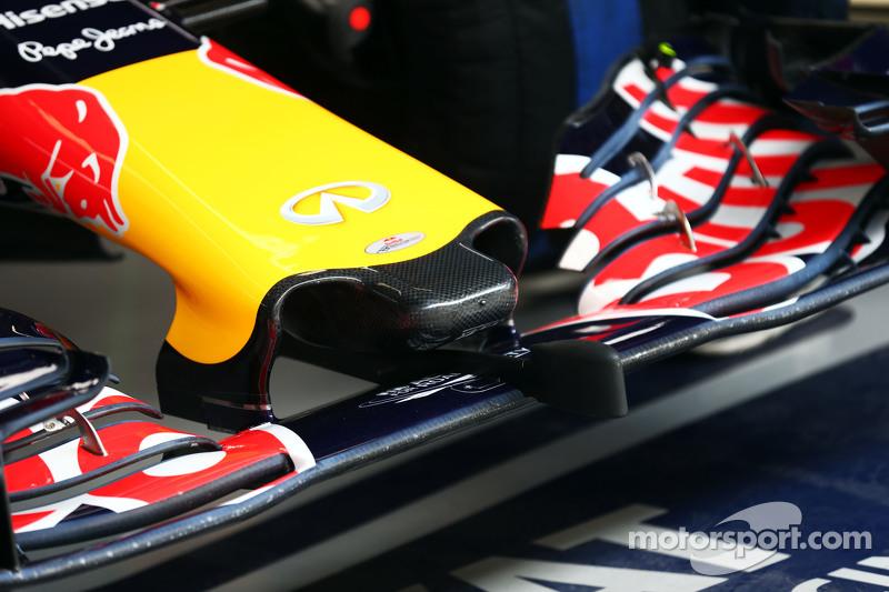 Daniil Kvyat, Red Bull Racing RB11 - sayap depan