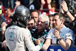 Nico Rosberg, Mercedes AMG F1 fête sa deuxième position dans le Parc Fermé