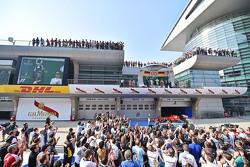 Podium : Nico Rosberg Mercedes AMG F1, deuxième; Lewis Hamilton Mercedes AMG F1, vainqueur; Sebastian Vettel Ferrari, troisième