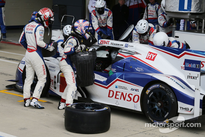 #1 Toyota Racing TS040 Hybrid: Anthony Davidson, Sébastien Buemi, Kazuki Nakajima