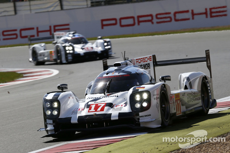 #17 Porsche Team 919 Hybrid: Timo Bernhard, Mark Webber, Brendon Hartley and #18 Porsche Team 919 Hybrid: Romain Dumas, Neel Jani, Marc Lieb