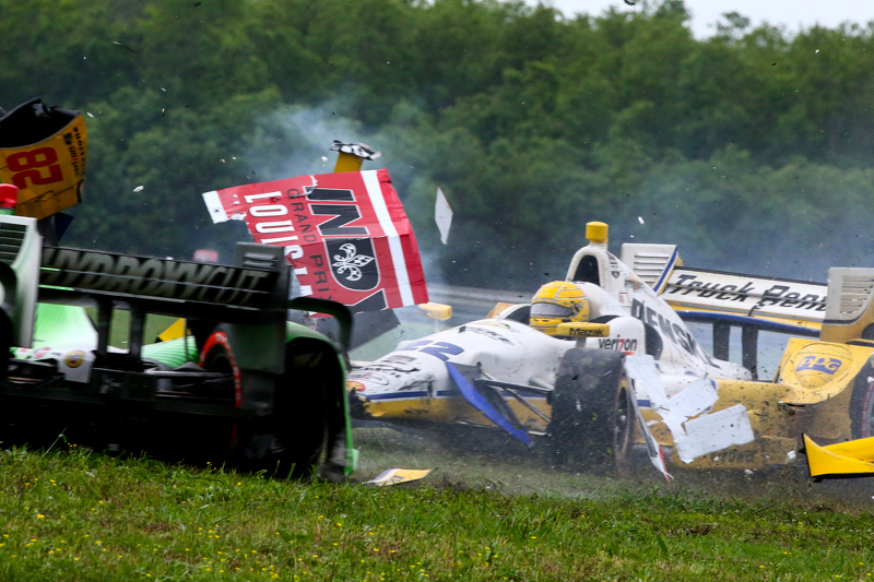 Simon Pagenaud, Team Penske Chevrolet, Ryan Hunter-Reay, Andretti Autosport Honda, dan Sebastien Bou