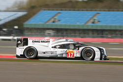 #17 Porsche Team 919 Hybrid: Тімо Бернхард, Марк Веббер, Брендон Хартлі