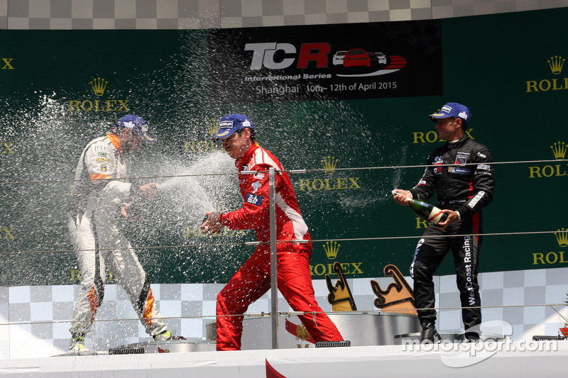 Podium Race 2: 1st position Andrea Belicchi, SEAT Leon Racer, Target Competition 2nd position Stef