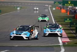 Michel Nykjaer, SEAT Leon Racer, Target Competition, dan Stefano Comini, SEAT Leon Racer, Target Com