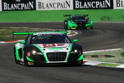 #24 Team Parker Racing,奥迪R8 LMS Ultra: John Loggie, Julian Westwood