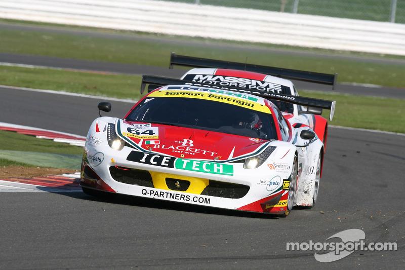 #64 AF Corse 法拉利 F458 Italia GT3: Mads Rasmussen, Felipe Barreiros, Francisco Guedes