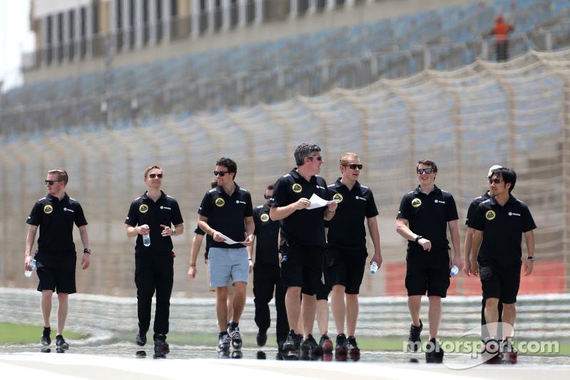 Jolyon Palmer, Lotus F1 Team, und Ingenieure