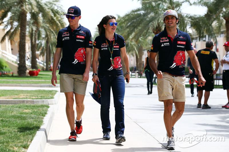 Max Verstappen ve Tabatha Valls ve Carlos Sainz Jr., Scuderia Toro Rosso