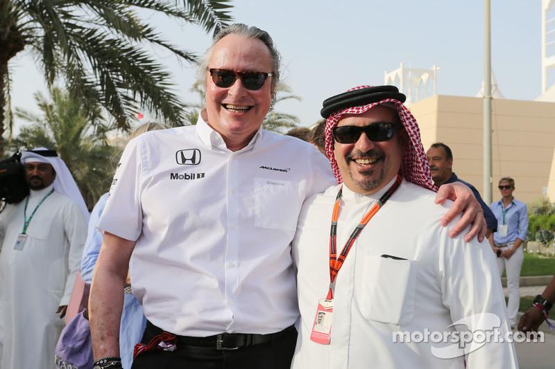 Mansour Ojjeh, McLaren-Teilhaber, mit Kronprinz Scheich Salman bin Isa Hamad Al Khalifa
