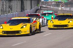 #3 Corvette Racing, Chevrolet Corvette C7.R: Jan Magnussen, Antonio Garcia und #4 Corvette Racing, Chevrolet Corvette C7.R: Oliver Gavin, Tommy Milner