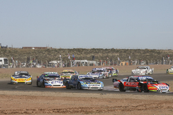 Guillermo Ortelli, JP Racing, Chevrolet; Martin Ponte, RUS Nero53 Racing, Dodge; Christian Ledesma, Jet Racing, Chevrolet, und Luis Jose di Palma, Indecar Racing, Torino