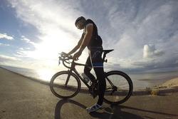 ريك كيلي، نيسان موتورسبورتس، يشارك في سباق الدرجات الهوائية باوركور تور دي ديبوت في مدينة ميلدورا، فيكتوريا، أستراليا
