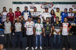 Foto de grupo de Pilotos Nascar México