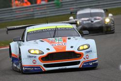 #97 Aston Martin Vantage V8: Darren Turner, Stefan Mucke, Rob Bell