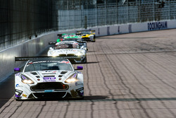 #17 TF Sport,阿斯顿·马丁Vantage GT3: Derek Johnston, Matt Bell