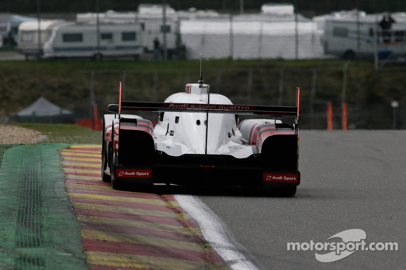 #9 Audi Sport Team Joest, Audi R18 e-tron quattro Hybrid: Filipe Albuquerque, Marco Bonanomi, René R