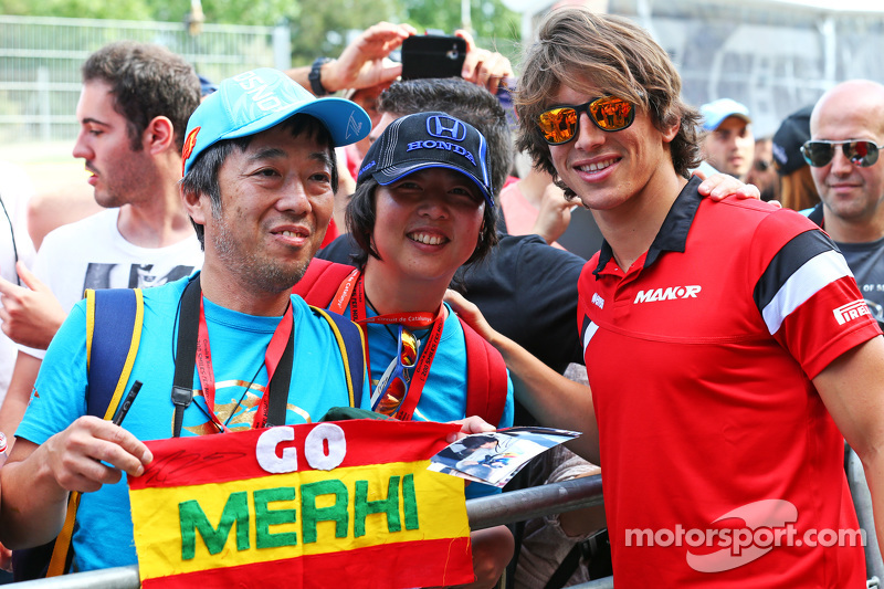 Roberto Merhi, Manor F1 Team with fans