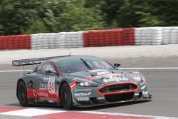 #24 Aston Martin Racing BMS Aston Martin DBR9: Fabrizio Gollin, Miguel Ramos