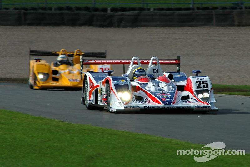 #25 RML MG Lola EX264: Mike Newton, Thomas Erdos