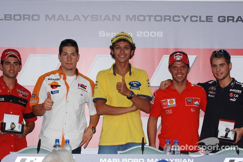 Conferencia de prensa: Ganador Pole Valentino Rossi con Nicky Hayden, Loris Capirossi, 250cc Pole ga
