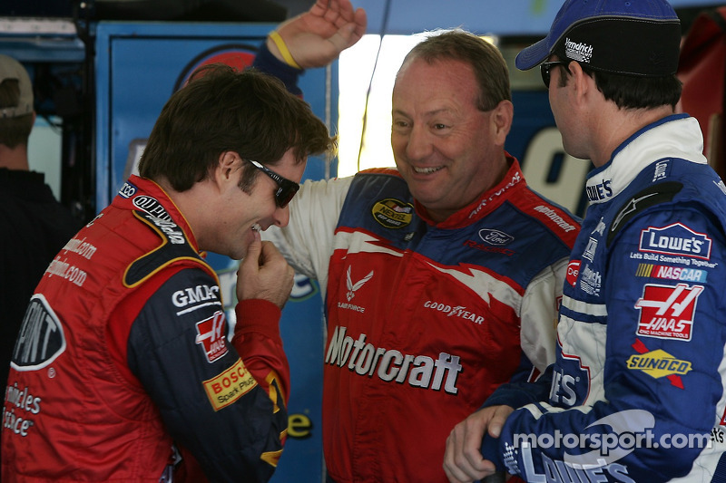 Jeff Gordon, Ken Schrader et Jimmie Johnson