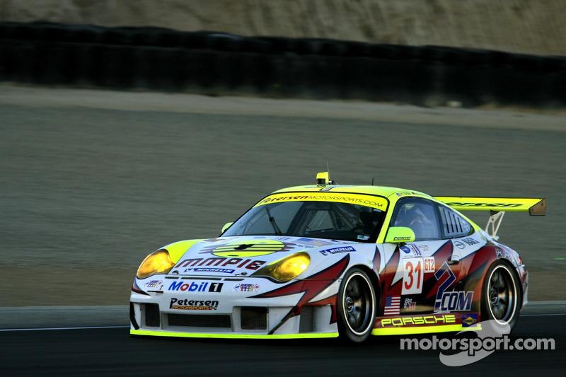 La Petersen/White Lightning Porsche 911 GT3 RSR n°31 : Jorg Bergmeister, Patrick Long