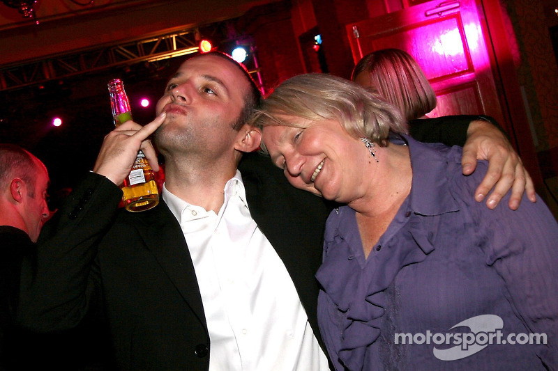Darren Turner et Nancy Schilke