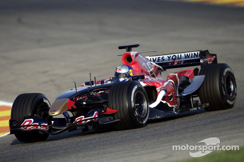 2006: Toro Rosso STR1 (одно восьмое место, 9-е место в КК)